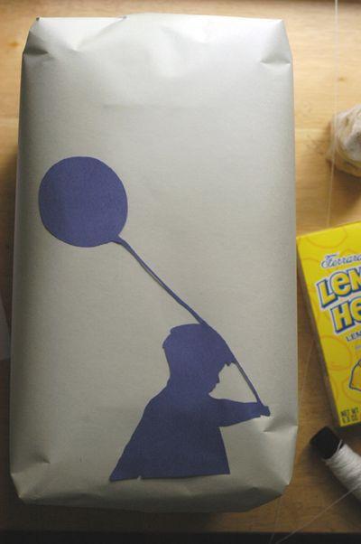 Blue balloon birthday4 web