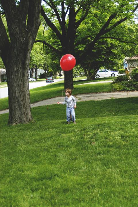Asher+balloon