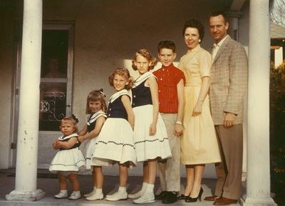 11-043-Family 1958